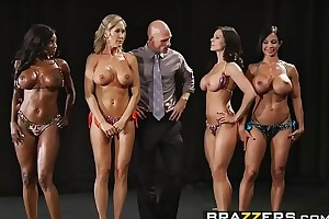 Brazzers - Big Heart of hearts Relative to Sports - (Brandi Love) - Fold up Titness America