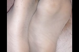 homemade footjob with ripped nylonsocks and cumshot