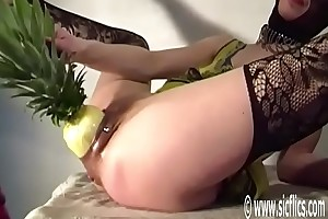 Bellas Brobdingnagian pineapple fuck
