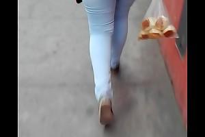 Potona caminando 01