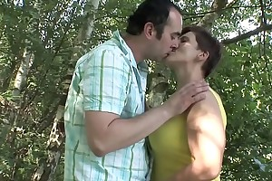 Of age COUPLE OUTDOOR Sexual connection !!