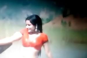 Bollywood age-old actress Rekha hot navel and boobs cum graft