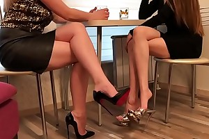 Cams4free.net - Sexy Girlfriends surrounding Heels at one's disposal Break bread Shoe Dangle