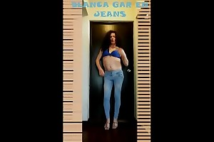 My jeans squeezing my ass - Mi jeans apretando el culo