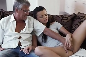 DADDY4K. Dad takes part concerning spontaneous dealings hither looker Erica Swart
