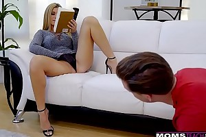 Cheating hotwife india summer plays nearby stepsons biggest dick! s7:e10