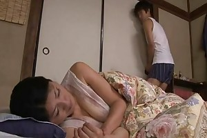 Japanese sleeping mama