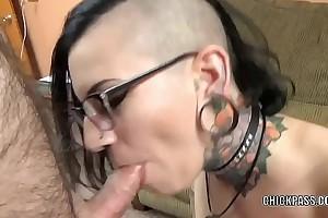 Tattooed hottie Tank is blowing an old dude she solely met