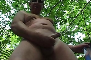 Wanking in the wood over Tina