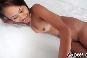 Sexually excited asian bitch gives a ride
